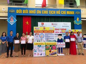 RENEW hỗ trợ gần 200 triệu đồng cho 32 trường học tại tỉnh Quảng Trị xây dựng điểm rửa tay