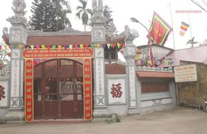 Trụ trì bị 'đuổi' khỏi chùa - Kỳ 2 : Ai chịu trách nhiệm với di tích quốc gia - chùa Linh Tiên?