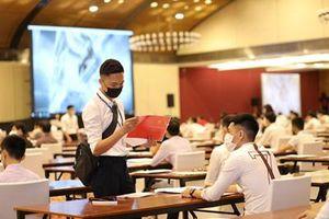 Hơn 2.000 cử nhân tham dự kỳ thi tuyển dụng vào Samsung