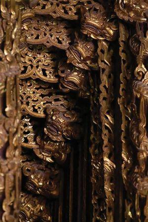 Nghệ thuật chạm gỗ cửa võng đình Diềm