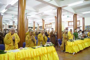 Hà Nội : Trường Trung cấp Phật học TP khai giảng