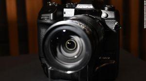 Olympus rút khỏi thị trường máy ảnh