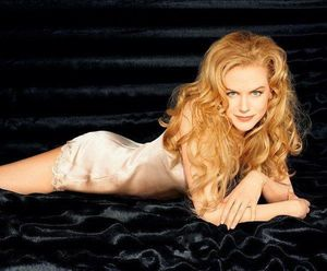 Vẻ đẹp mê hồn của Nicole Kidman ngày ấy - bây giờ