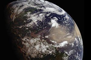 Điều gì gây ra cơn bão cát bụi khổng lồ 'Godzilla'?