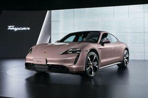 Phiên bản thấp nhất của Porsche Taycan ra mắt tại thị trường xe hơi lớn nhất thế giới