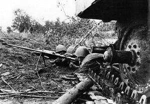 Lính Liên Xô liều chết diệt tăng Tiger trong trận đánh tháng 7 'đẫm máu'