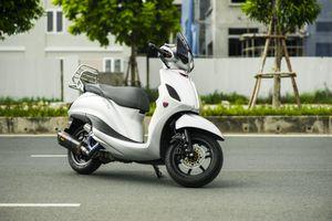 Chi tiết Yamaha Grande độ phong cách Vespa tại Hà Nội