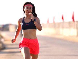 Tiền Phong Marathon 2020: Bóng hồng tươi tắn trên đường chạy Lý Sơn