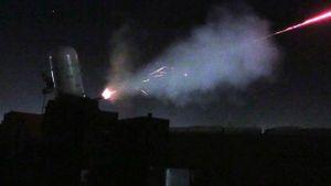 Hệ thống C-RAM bắn trượt đạn Katyusha tấn công Vùng Xanh