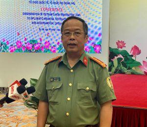 Tạo điều kiện thuận lợi trong việc xuất, nhập cảnh tại Việt Nam