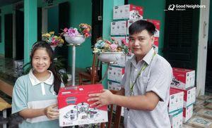 Good Neighbors trao quà cho gần 4.000 trẻ em tại Sơn Dương, Tuyên Quang