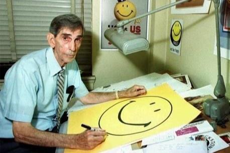 Biểu tượng Smile sinh lời tiền tỷ nhưng tác giả chỉ được trả 45 USD