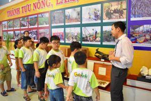 Ninh Thuận: Triển lãm hơn 200 hình ảnh, hiện vật về thành tựu kinh tế, xã hội