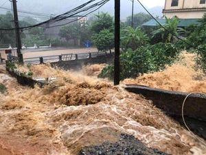 Tình hình mưa lũ ở Hà Giang: Thêm 3 người tử vong, khoảng 860 hộ dân ngập trong nước