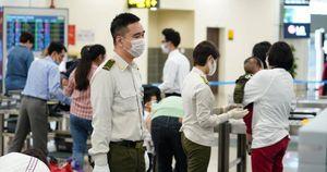Phát hiện 2 khách nhập cảnh trái phép qua đường tiểu ngạch định bay TP.HCM