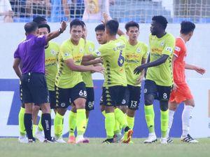 Nóng: Chính thức hoãn các trận đấu trên sân của SHB Đà Nẵng