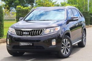 Giá xe ô tô hôm nay 26/7: Kia Sorento được ưu đãi đến 50 triệu, đang dao động từ 769 - 899 triệu đồng