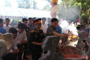 Khánh thành Nhà bia tưởng niệm các anh hùng liệt sĩ Trung Đoàn 10 - Sông Hương