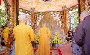 Trưởng lão HT.Thích Trí Quảng thăm Phật giáo Quảng Ngãi