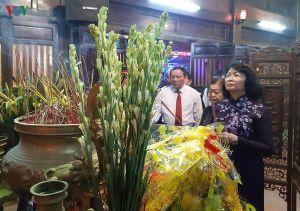 Phó Chủ tịch nước thắp hương tri ân tại Thành Cổ Quảng Trị
