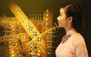Họa sĩ Lương Giang tham dự triển lãm 'Thời gian' tại Huế