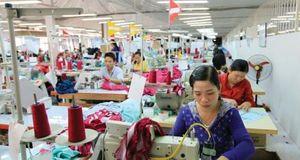 Lợi nhuận doanh nghiệp dệt may bị thổi bay