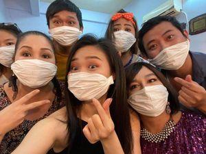 NSND Hồng Vân lần thứ 3 đóng cửa sân khấu kịch