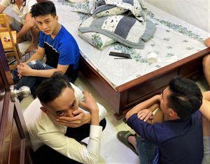 14 người phê ma túy trong nhà nghỉ ở TP.HCM