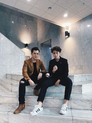 Bộ đôi 'Về nhà đi con' Bảo Hân - Quang Anh lâu lắm mới hội ngộ, diện vest đôi cực bảnh bao