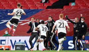 Fulham trở lại Premier League