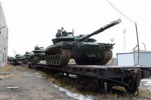 NATO 'lạnh gáy' khi Nga tái trang bị hàng loạt 'xe tăng phản lực'