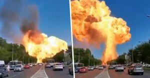 Trạm xăng bất ngờ phát nổ kinh hoàng, lính cứu hỏa bị thổi bay, nhiều người thương tích nặng