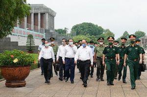 Lăng Chủ tịch Hồ Chí Minh mở cửa trở lại từ 15/8