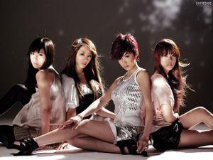 Lựa chọn công ty là 'trùm' nhóm nữ: Dân tình chỉ mải mê chọn giữa SM với JYP, riêng YG có BLACKPINK lại bị ngó lơ hoàn toàn