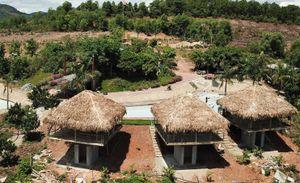 Đình chỉ khu nghỉ dưỡng xây trái phép trên đất rừng