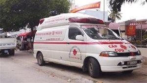Giả xe cứu thương hụ còi đòi nợ: Phạt nhiều lỗi