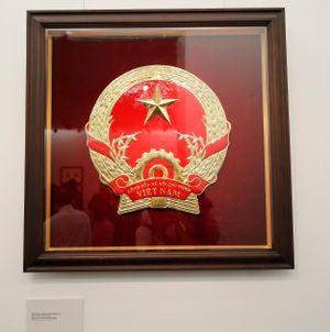 Lần đầu triển lãm bản gốc phác thảo mẫu vẽ Quốc huy