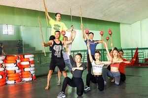 Đầu tư cho Đoàn Ca múa nhạc Hải Đăng