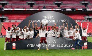 Hạ Liverpool, Arsenal 'mở tiệc' ăn mừng tại Wembley