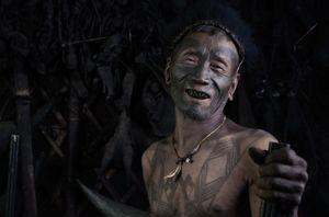 Những chiến binh săn đầu người cuối cùng của bộ tộc Ấn Độ
