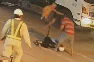 Bắt tạm giam 2 đối tượng hành hung 2 nhân viên trạm thu phí Ninh Xuân