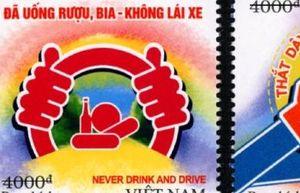 Bộ tem gửi gắm thông điệp về an toàn giao thông