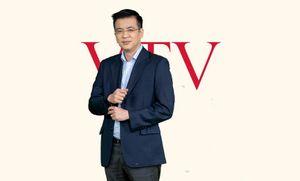 'Người đàn ông thời sự' Quang Minh từng đi bộ 3 cây số để được xem tivi