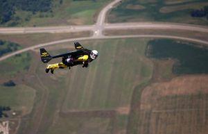 'Người bay' bí ẩn khiến FBI phải vào cuộc điều tra
