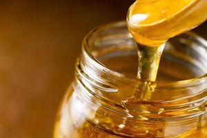 Trẻ dưới 1 tuổi ăn mật ong có thể ngộ độc Botulinum