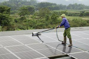Hà Tĩnh: 214 khách hàng nhận gần 9 tỷ đồng tiền điện mặt trời