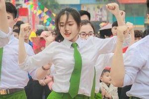 Nữ sinh Học viện Cảnh sát tài năng, duyên dáng
