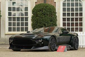Tận mục siêu xe mạnh 836 mã lực, giá gần 63 tỷ đồng