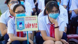 Đà Nẵng: Học sinh hào hứng trong ngày đầu tiên trở lại trường