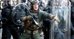 Biểu tình ở gần Nhà Trắng, đạn dược đã từng được vận chuyển đến Washington
